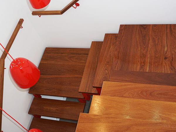 Moacir: escada mista