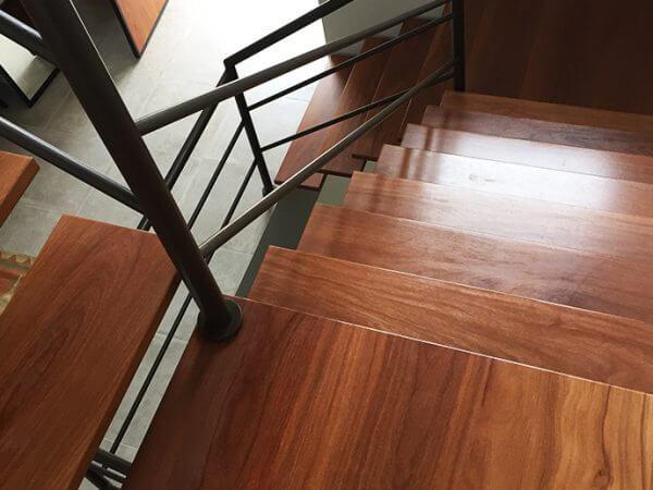 Fernanda: escada dupla